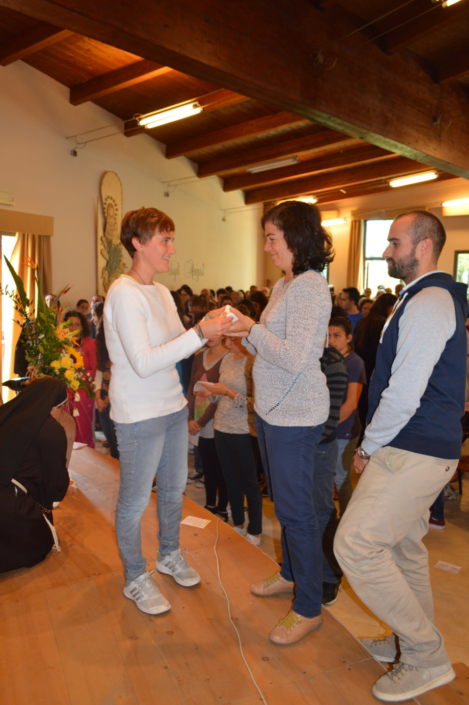 Consegna lampada Madre Chiara Ricci