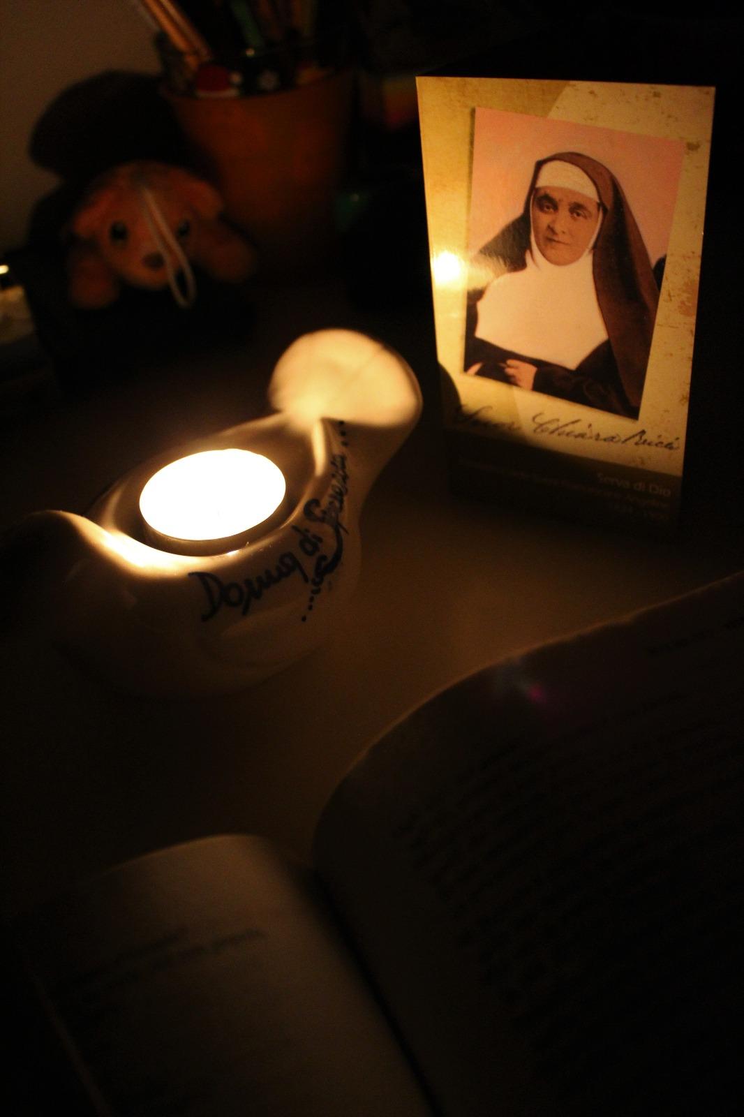 Lampada di Madre Chiara Ricci